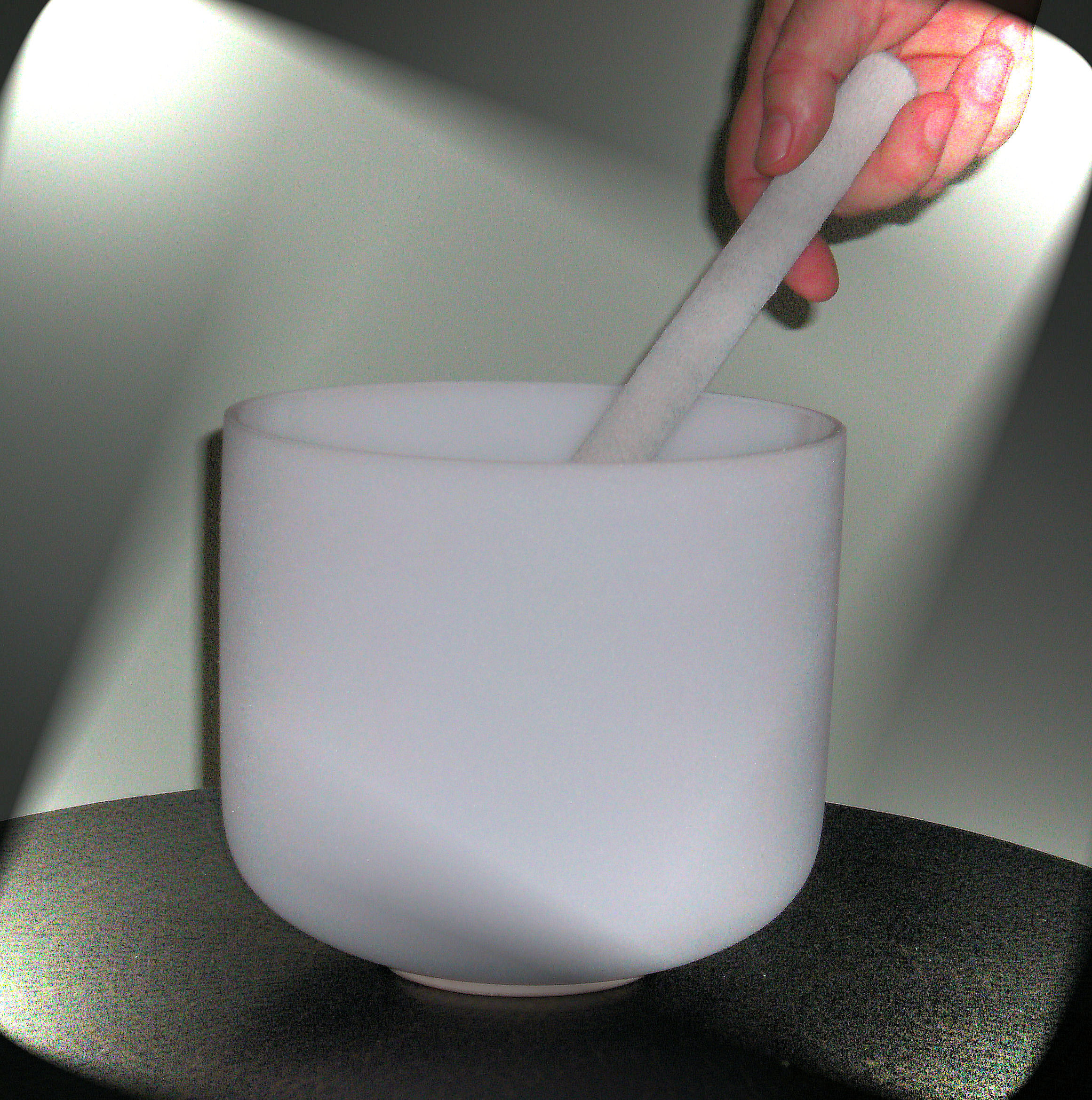 "8"" QUARTZ CRYSTAL SINGING BOWL-FROSTED-Crown Chakra-NOTE'B'"